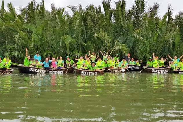 Go Vietnam Tour in the Vacation