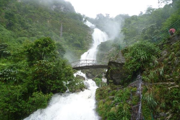 silver waterfall, Vietnam vacations package