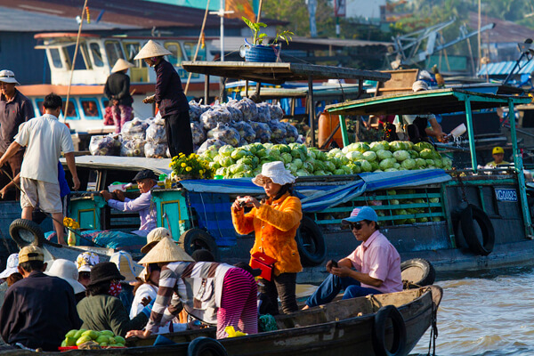 Cai Be Floating Market, Vietnam tour vacation packages