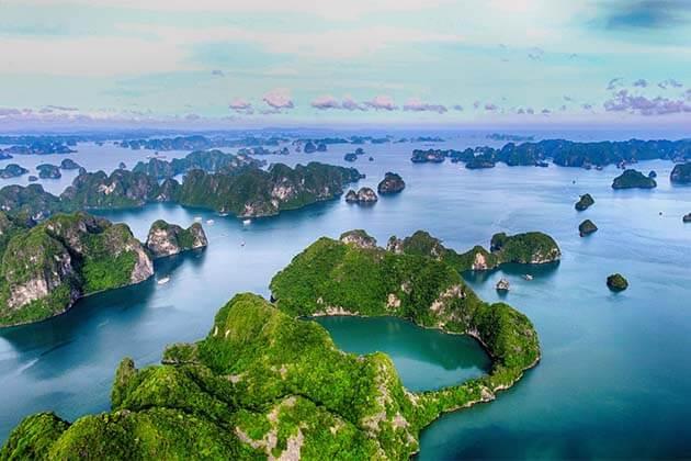 Ha Long Bay, Vietnam family vacation tours