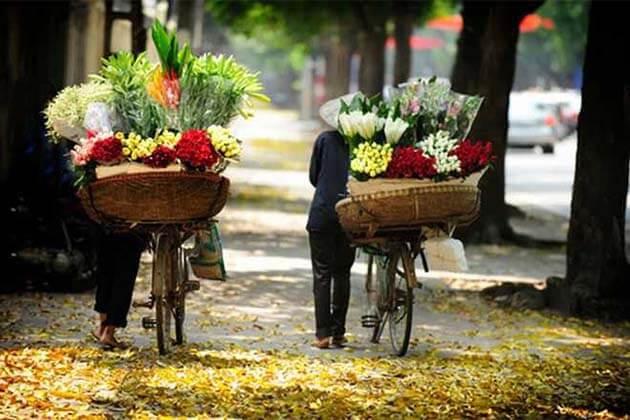 Hanoi Vendor, Family tours in Vietnam