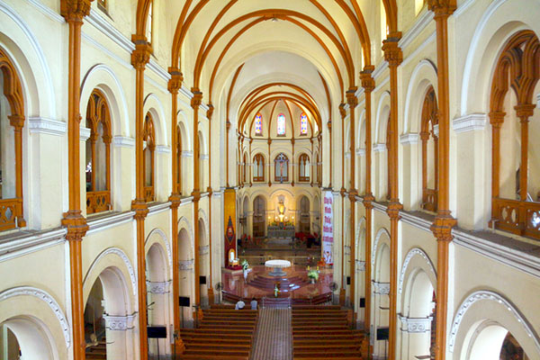 Get an insight into Saigon Notre-Dame Cathedral