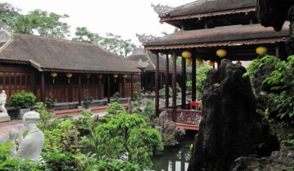 Tinh Gia Vien - The garden house