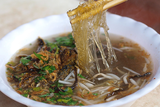 Mien Luon Noodle Soup with Eels