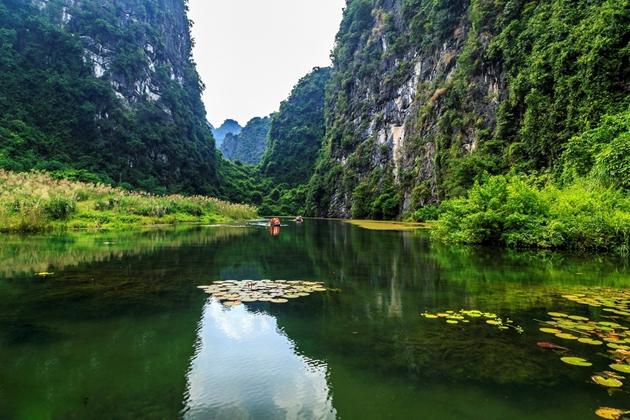 Van Long Nature Reserve Ninh Binh, Vietnam Tour Packages