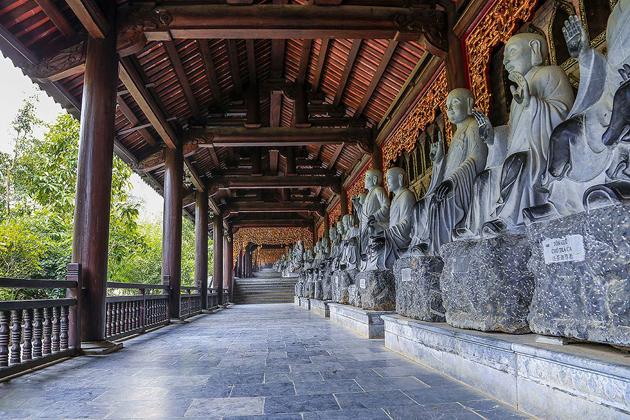 bai dinh pagoda ninh binh, Vietnam Tour Packages