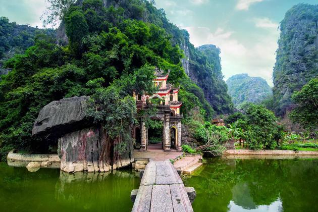 bich dong pagoda ninh binh, Tours in Vietnam