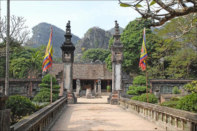 hoa lu old capital ninh binh, Vietnam Local Tours