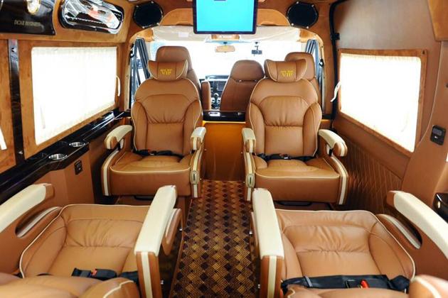 limousine fansipan cable car