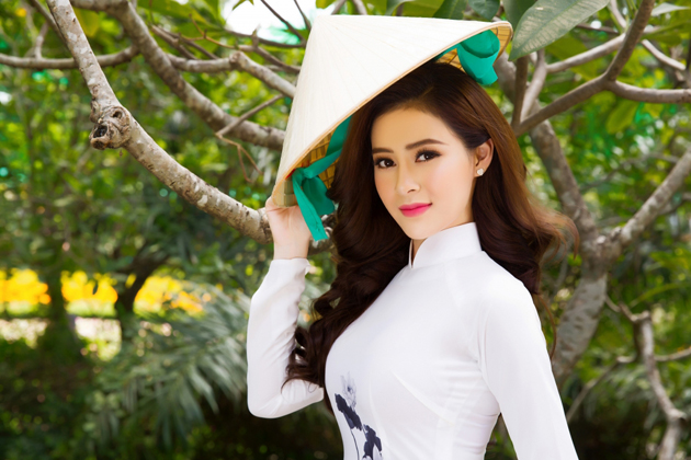 Conical Palm Leaf Hat vietnamese traditional costumes for female