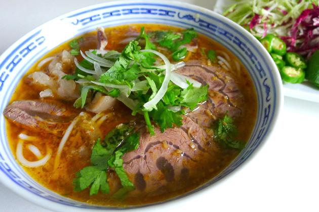 hue beef noodle soup hue tours