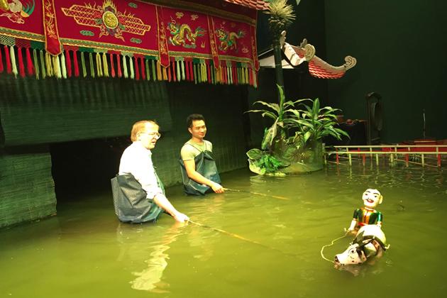 water puppet hanoi tours