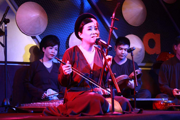 Image result for vietnamese traditional singer