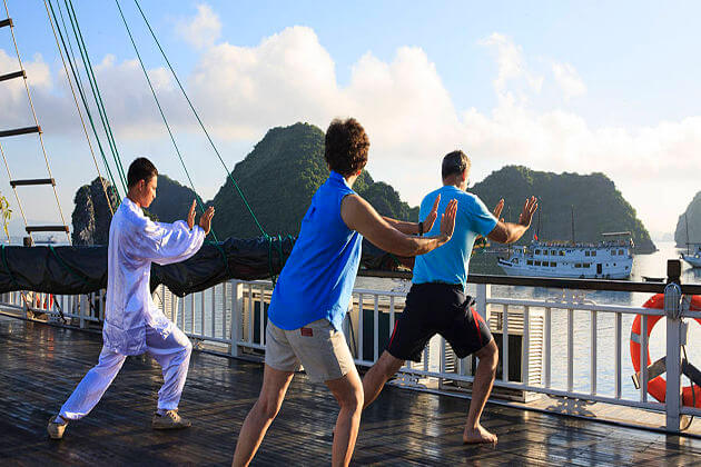 Ha Long Bay Taichi, Vietnam Tour Vacation