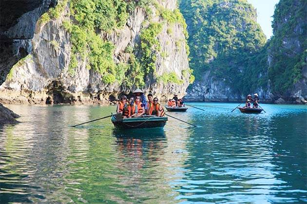 Hon Gai harbor, Vietnam beach tour packages