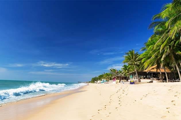 Mui Ne Beach, Vietnam tours