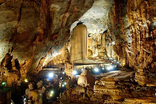 Thien Duong cave, Family tours in Vietnam
