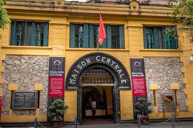 Hoa Lo Prision, Hanoi Tours