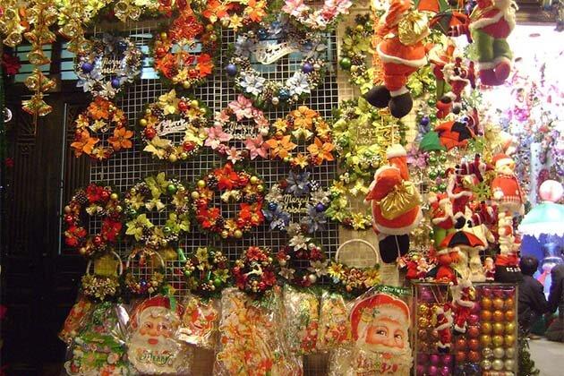 Christmas Decor in Vietnam Christmas Tours