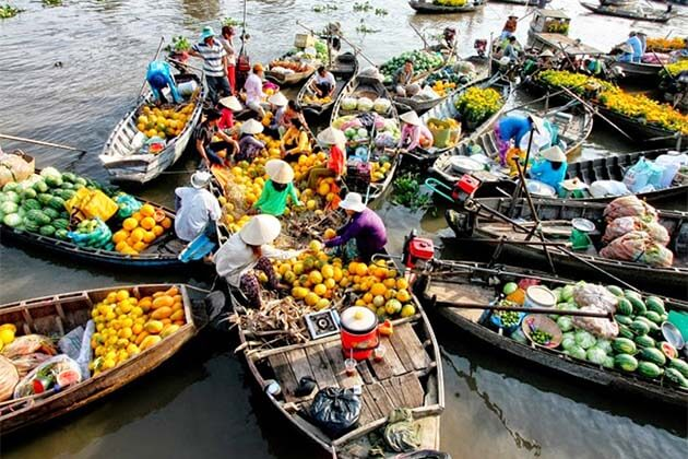 Floating market, Vietnam southwest tours