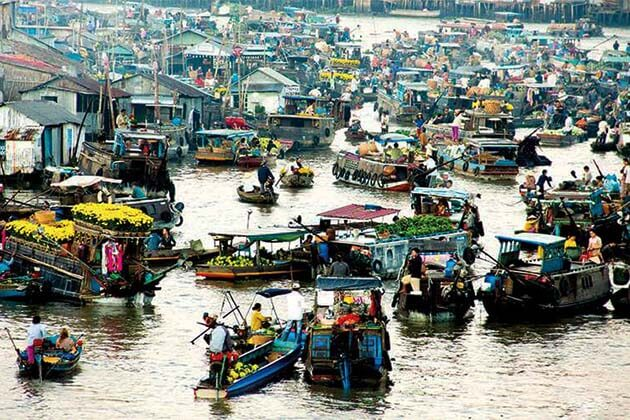 Floating market in Mekong Delta, Vietnam tour adventure