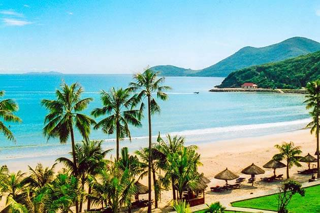 Top 8 Magnificent Beaches in Nha Trang