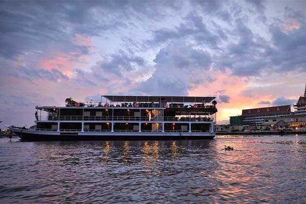 Mekong River Cruise, Vietnam trips