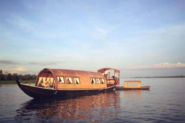 Sampan Cruise, My Tho, Vietam Tour Package