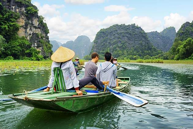 Tam Coc Rowing boat, Vietnam adventure tours