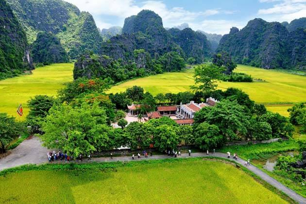 Ancient Capital in Ninh Binh, Vietnam Adventure Tour Packages