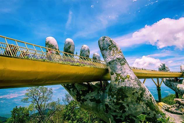 Golden Bridge in Danang, Vietnam Tours