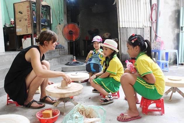 Bat Trang ceramic village, Vietnam Tours