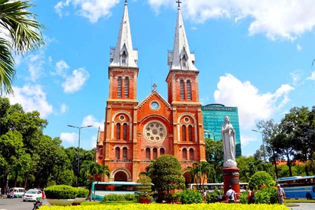 Saigon Notre Dame Vietnam honeymoon tour package